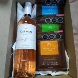 box regalo vino rose y 3 chocolates franceschi