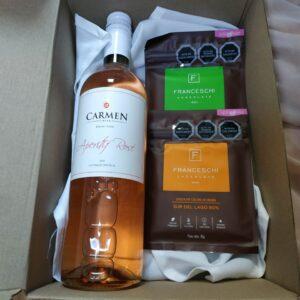 box regalo vino rose y 2 chocolates franceschi