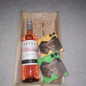 pack vino rose y 2 chocolates franceschi